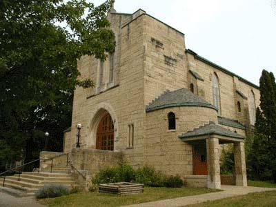 Une autre église